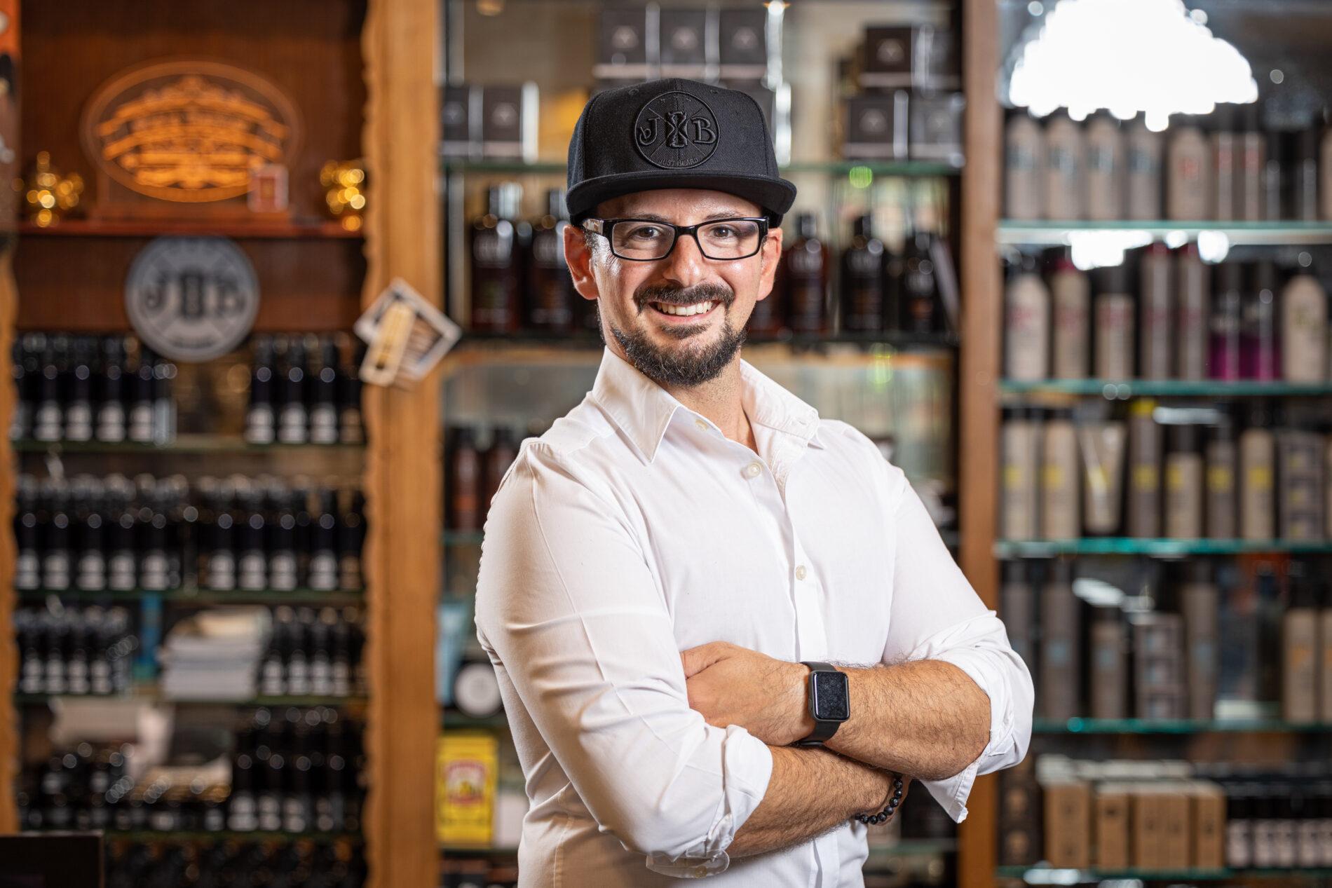 Patrizio Stazzone Manazza bei Joe´s Barber Gentlemen´s Lounge